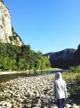 Tản bộ dọc bờ sông ở Gorges de l'Ardèche